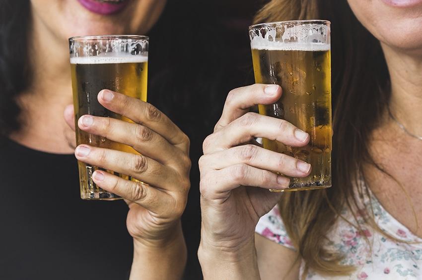 Como as mulheres estão bebendo?